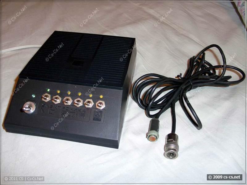 Блок питания и соединительный кабель к барабанам
