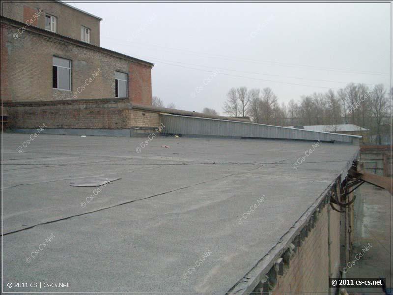 Полёвка с ADSL валяется просто так по крыше как есть
