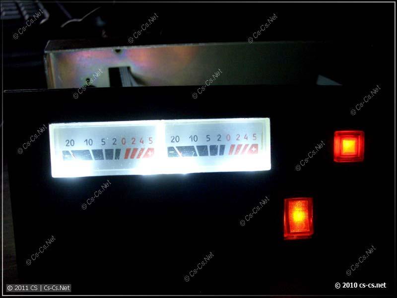Подсветка индикаторов уровня в темноте