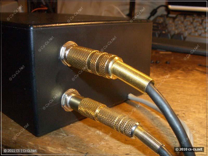 Подключение входного и выходного кабелей