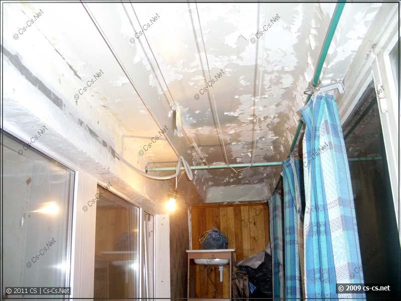 Готовая проводка освещения на балконе