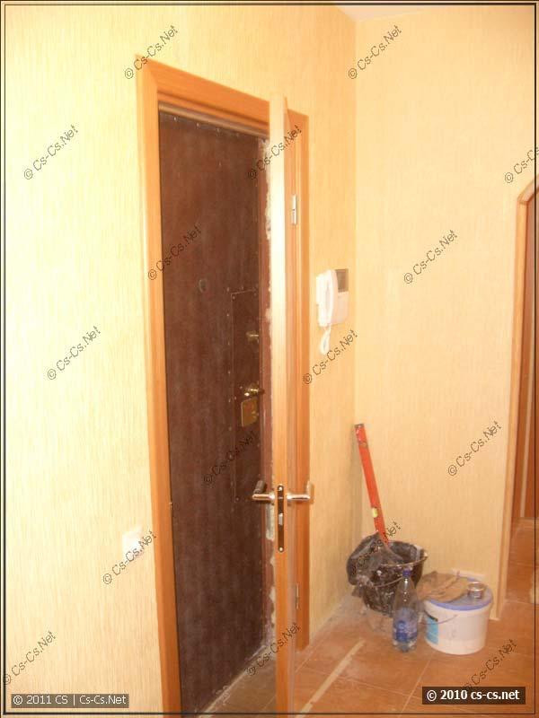 Обвязка входной двери в квартиру (видеодомофон)