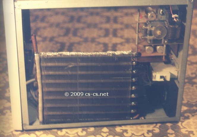 Радиатор охлаждения сбоку корпуса