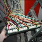 Патч-панель над входом (Телефония+СКС)