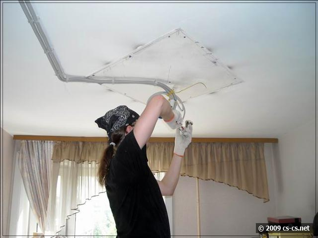 Монтаж проводки под натяжной потолок