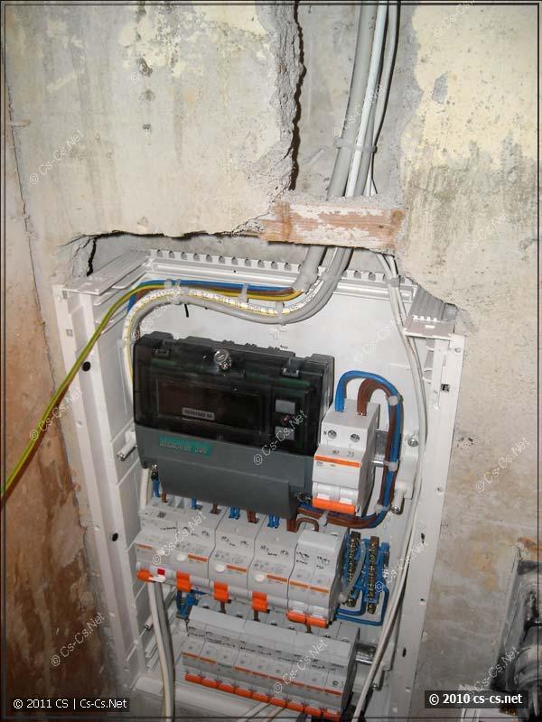 Вввод кабелей в щиток с этажного щитка