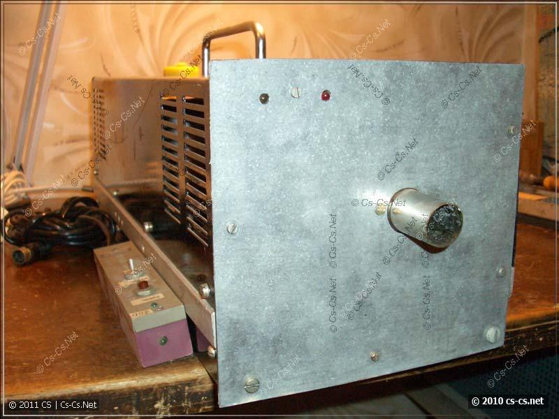 Передняя часть дымовой установки с индикаторами