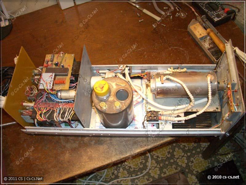 Внутренний монтаж силовой и электронной частей