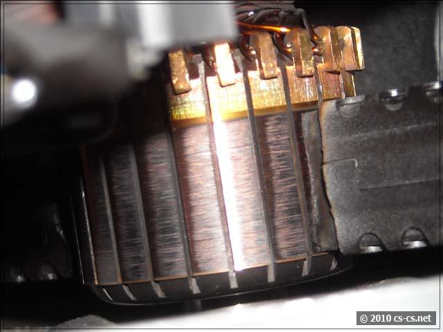 Коллектор и щётка двигателя