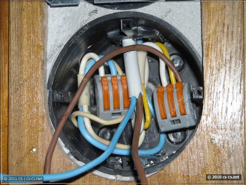 Пример использования клеммников WAGO в подрозетнике