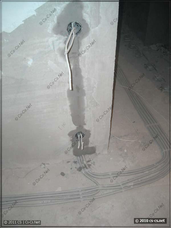 Розетка и выключатель: черновая штукатурка (Ротбанд)