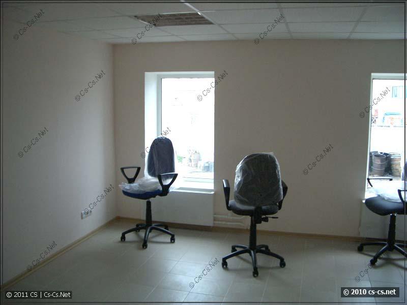 Переезд в офис начался с кресел