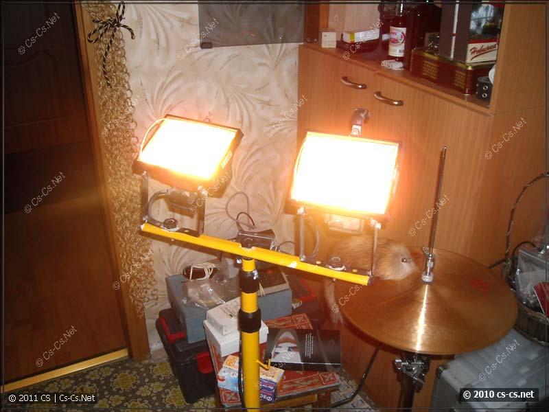 Большие прожектора по 500 Вт тоже светят и ничего не горит