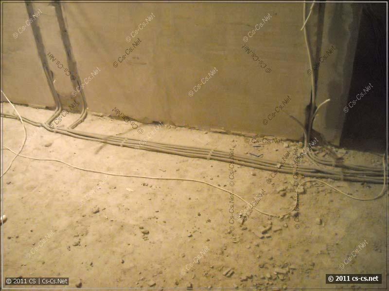 Уложенные кабели (под стяжку)