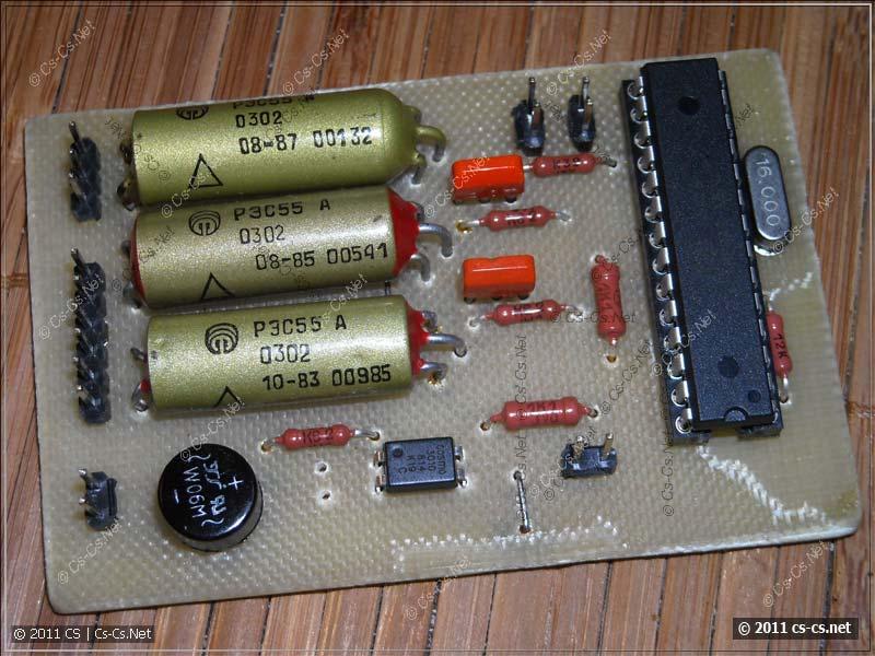 Платка на ATMega8 для управления трубкой домофона