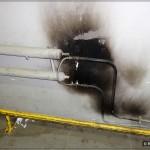 Обрезанные конвекторы отопления и гибкая подводка