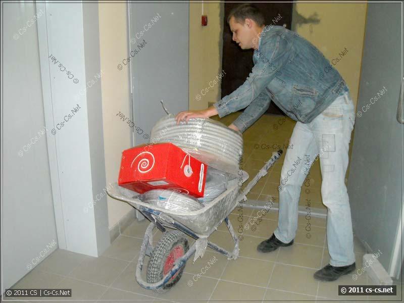 Тачка - лучшее средство транспортировки материалов