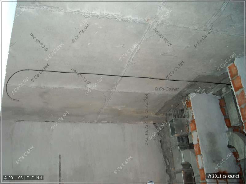 Пример прокладки линий освещения на потолке
