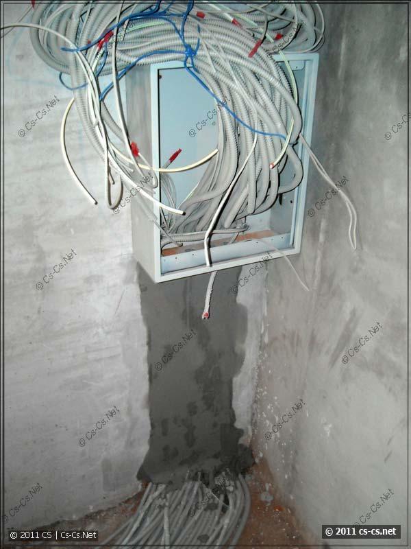 Подъём кабелей к щитку слаботочки