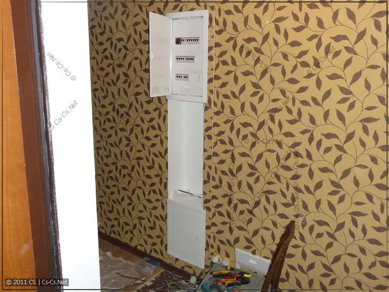 Внутри квартиры работы с щитками закончены