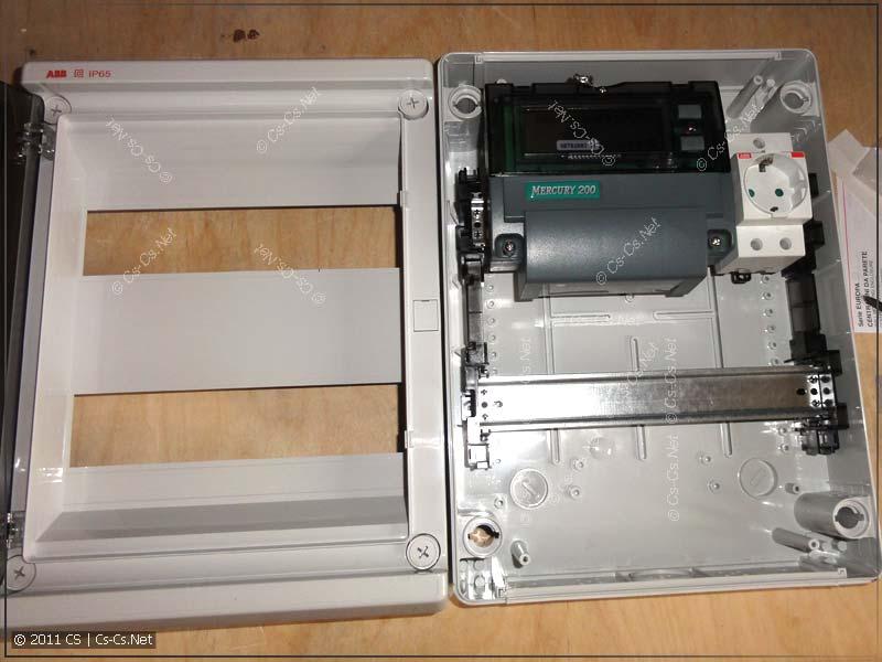 Компоновка будущего щитка: расположение счётчика Меркурий 200 на DIN-рейке