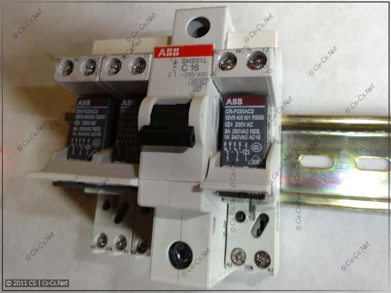 Реле в колодке CR-PL отлично вписываются в обычный форм-фактор автомата