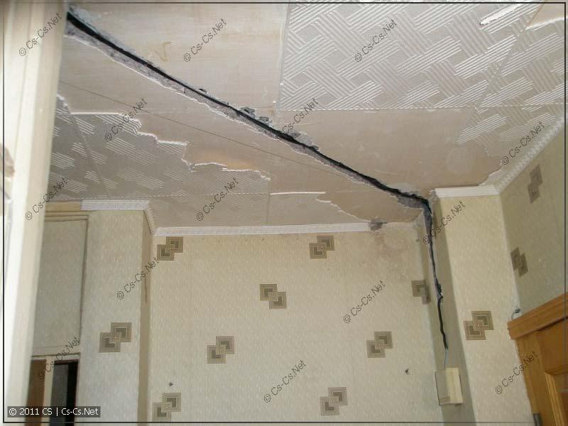Штроба в потолке (плите перекрытия) для кабеля освещения