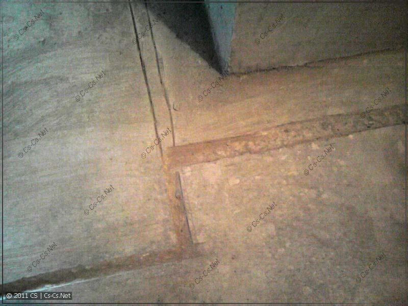 Штробы в плите перекрытия (в полу) для электрических кабелей