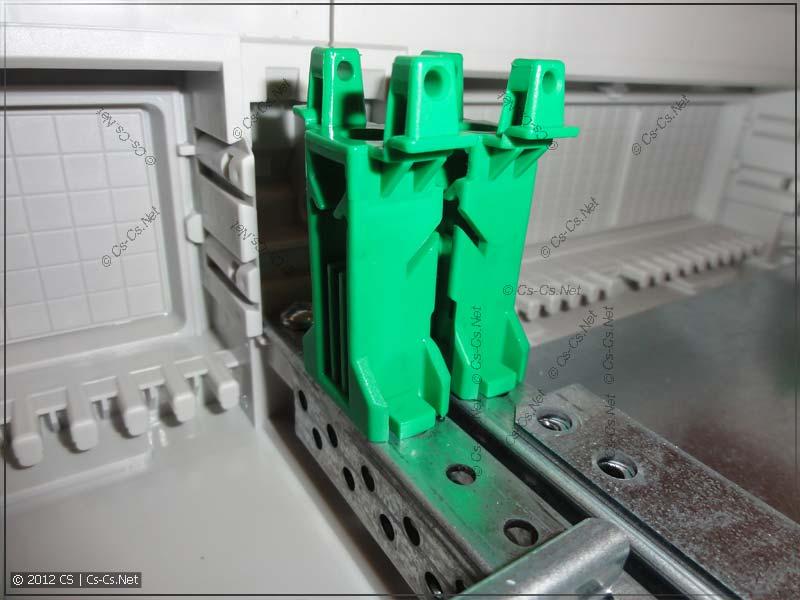 Профиль EDF и держатели пластронов