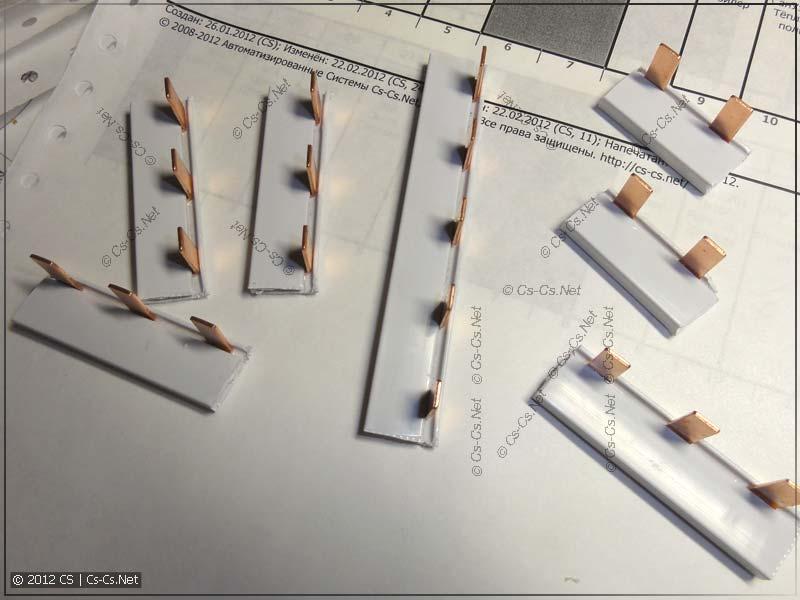 Заготавливаем гребёнки (шинные разводки) для соединения автоматов