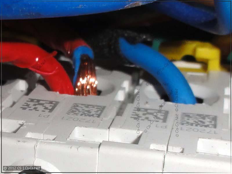Для монтажа щитка использован многожильный провод без опрессовки наконечниками