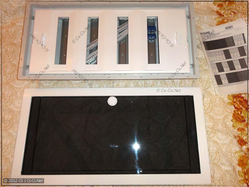 Щиток ABB UK 500 без двери и прозрачная дверь отдельно