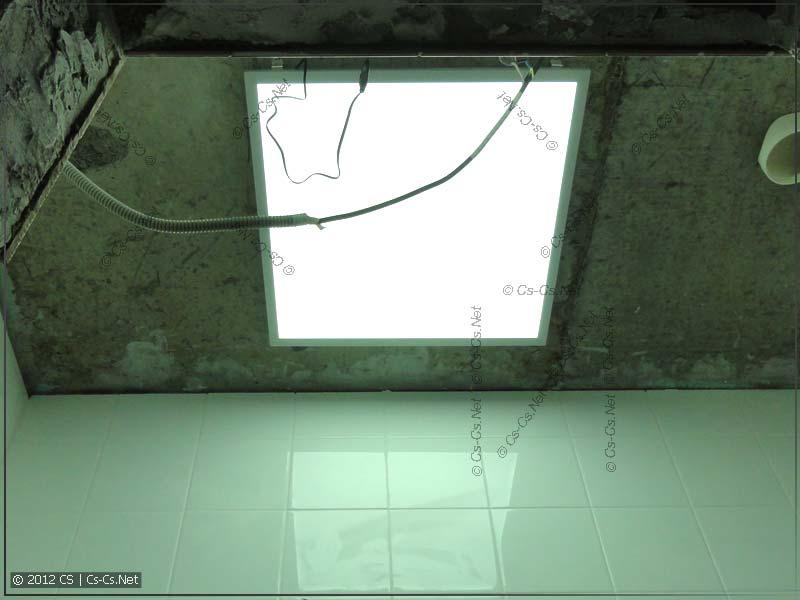 Светодиодная панель (600х600) для освещения туалета