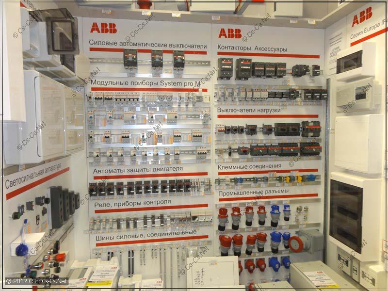 Куча оборудования ABB System Pro M Compact и прочего