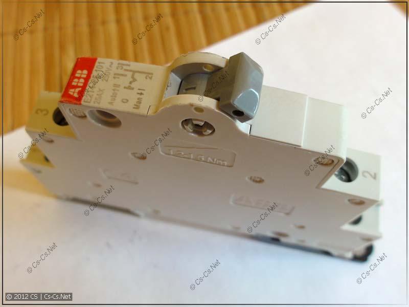 Переключатель нагрузки (или управления) ABB E214