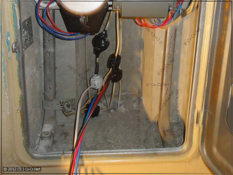 Для извращений понадобилось сделать отводы от всех трёх фаз стояка