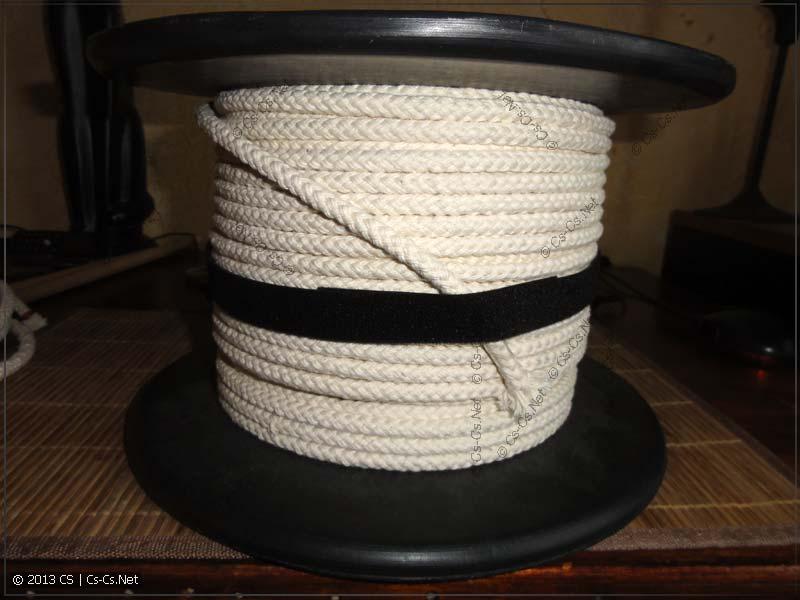 Огромная катушка верёвки =)