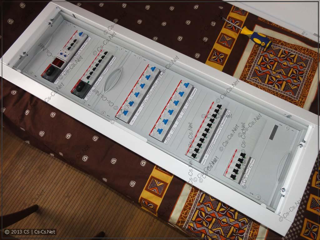 Щиток в Домодедово - простой однофазный с неотключаемыми линиями