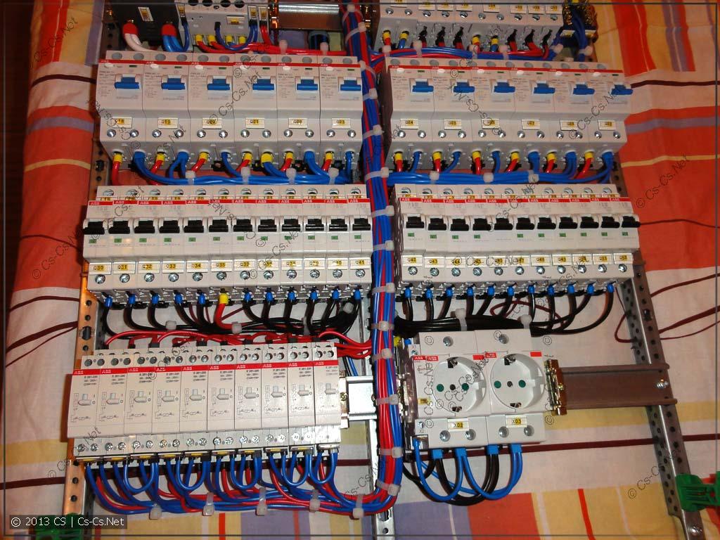 Щиток в ЕКБ (на клеммах): Вид на монтаж автоматов