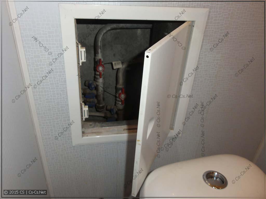 Сантехшкаф ванной: мелкий лючок от придурков-ремонтников