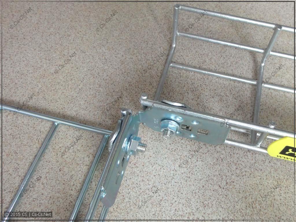 Пластина X3 для углового соединения лотков