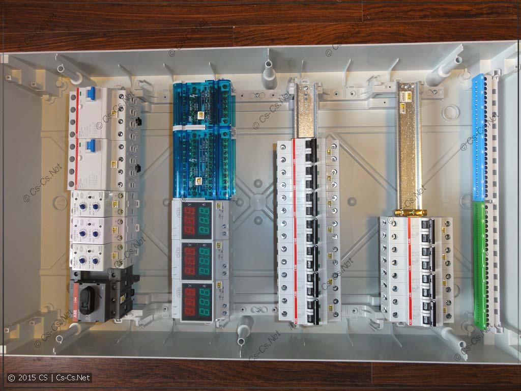 Расставляем компоненты в щитке (на базе Mistral IP65)