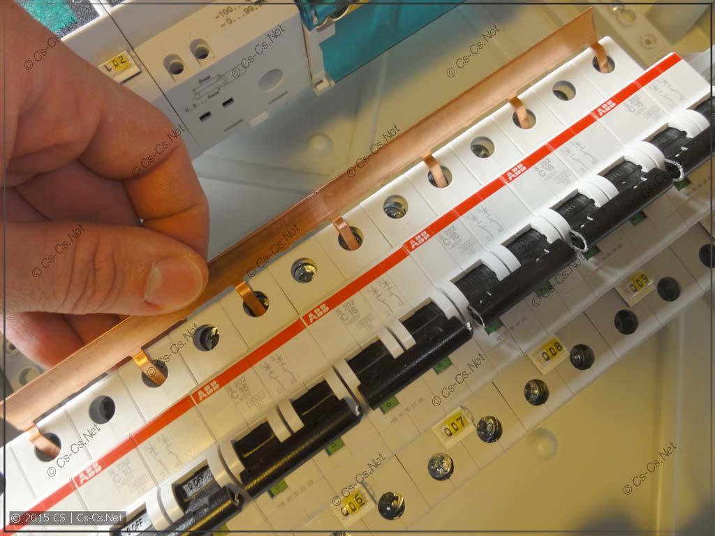 Используем гребёнку PS1/57N для соединения нулей автоматов