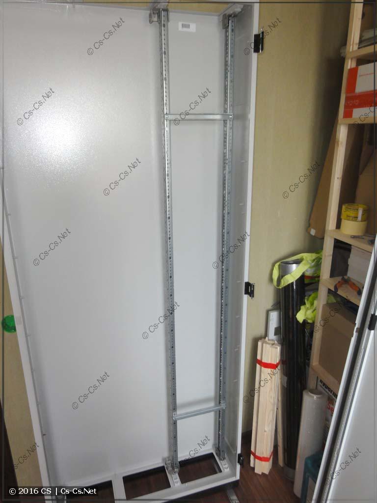 Примериваем WR-раму для установки в шкаф