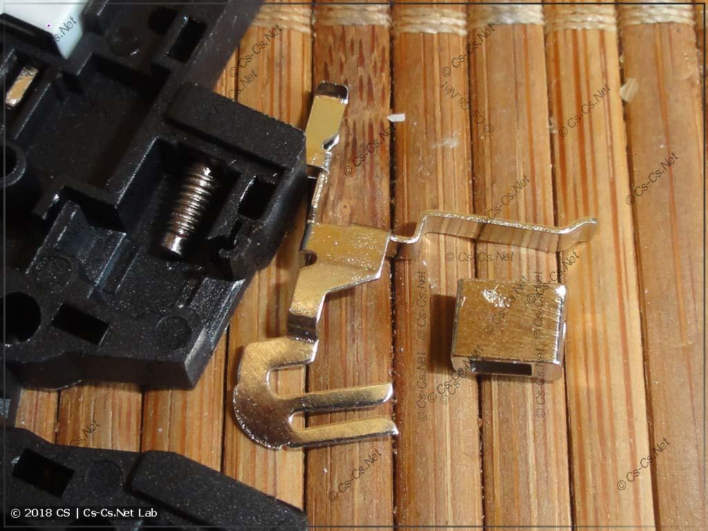 Внутреннее устройство клемм колодки реле типа CR-S (аналог из Китая)