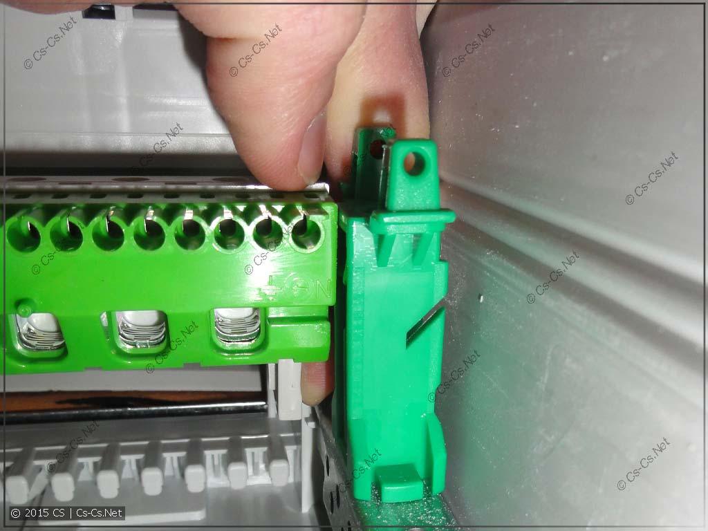 Демонтаж шинок из щита AT/U - справа