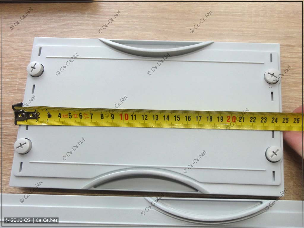 Размер (ширина) одинарного пластрона (1x1 панель)