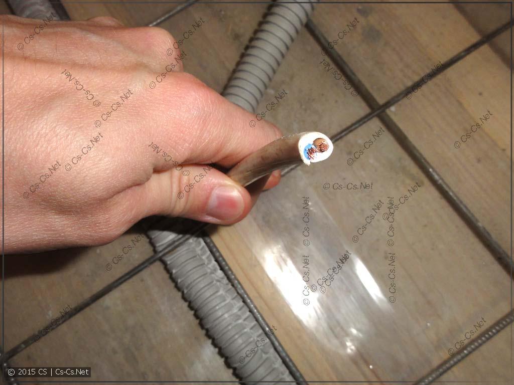 Провод ПВС в гофре для заливки в стяжку без PE