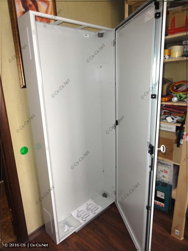 Шкаф TwinLine в базовой комплектации