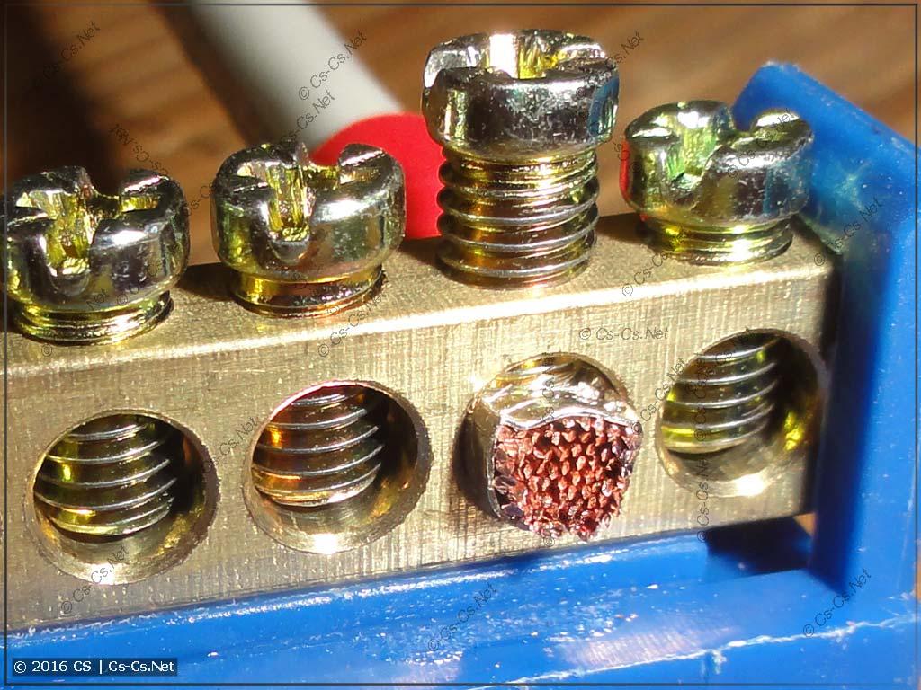 Закручивание провода ПуГВ в наконечнике НШВИ в винтовую шину